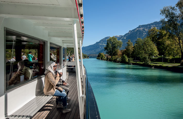 Traveling on the Aare towards Lake Brienz